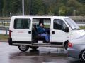 A Napsugár Módszertani Központ mozgássérülteket és kerekesszéküket is szállító járműve.