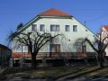 A kaposvári Fészek lakóotthon az utcáról nézve.